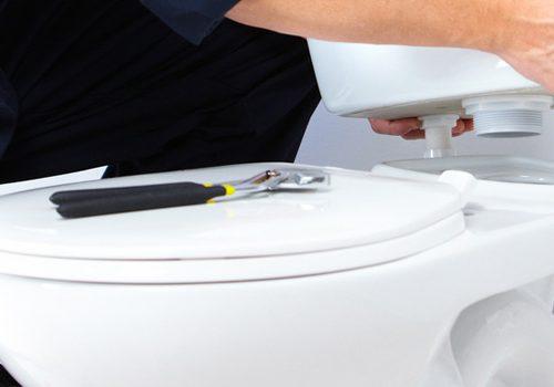 un WC broyeur