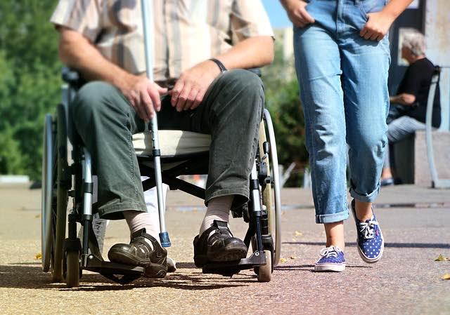 Aide handicapé